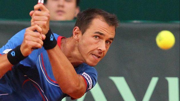 Tenista Lukáš Rosol porazil Kazacha Jevgenije Koroljova a posunul Českou republiku do semifinále Davisova poháru.