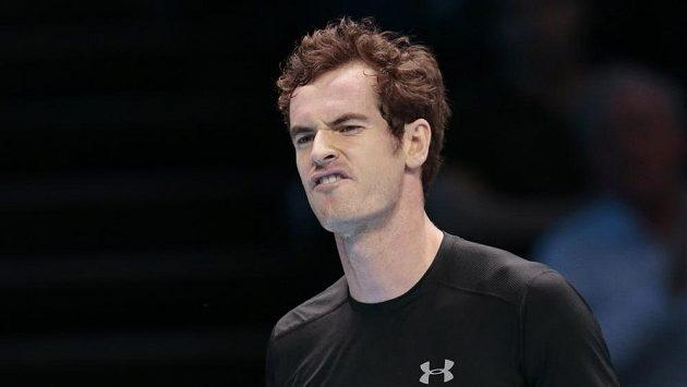 Britský tenista Andy Murray během utkání s Rafaelem Nadalem.
