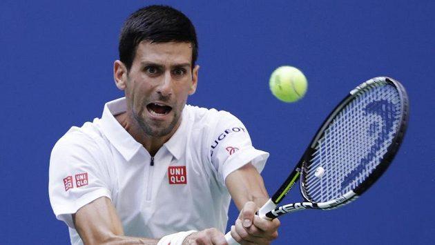 Srb Novak Djokovič v semifinále s Gaëlem Monfilsem z Francie.