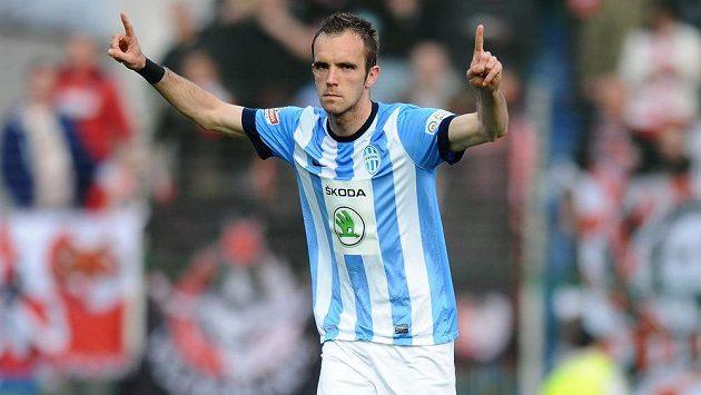 Mladoboleslavský záložník Jasmin Ščuk se raduje z gólu.