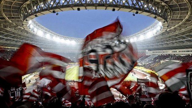 Fanoušci ruské reprezentace budou mít cestu za svými fotbalisty do Varšavy ztíženou
