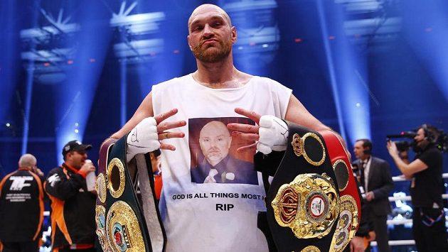 Kličko je sesazen! Fury ho porazil na body a stal se novým králem světového boxu
