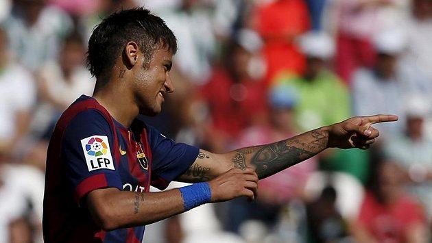 Na vysoké výhře Barcelony nad outsiderem z Córdoby se střelecky podílel i Brazilec Neymar.