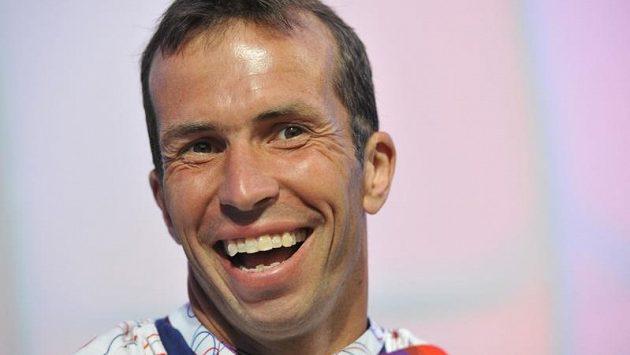 Po příletu do Londýna hýřil český tenista Radek Štěpánek dobrou náladou