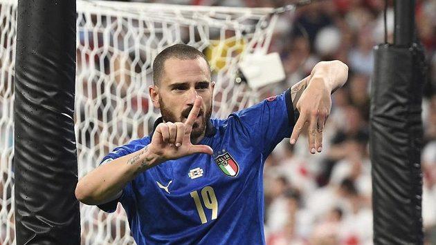 Autor italské vyrovnávací branky ve finále Leonardo Bonucci.