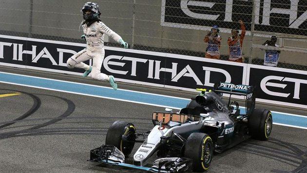 Čerstvý mistr světa F1 Nico Rosberg se příští rok německým fanouškům nepředvede.