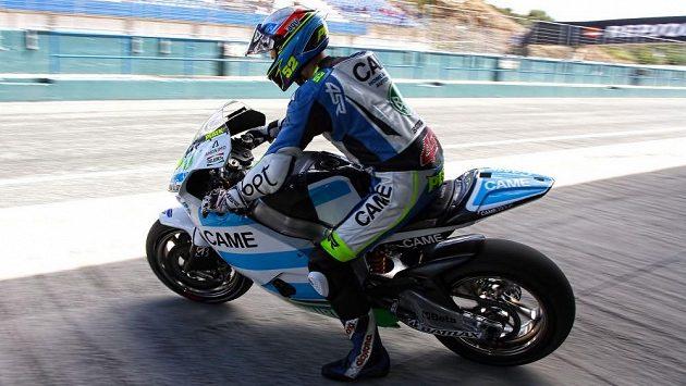 Lukáš Pešek při testech MotoGP ve španělském Jerezu.