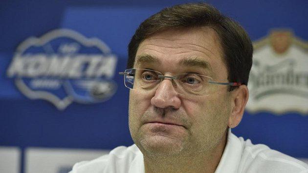 Hlavní trenér hokejistů Komety Brno Petr Fiala na tiskové konferenci.