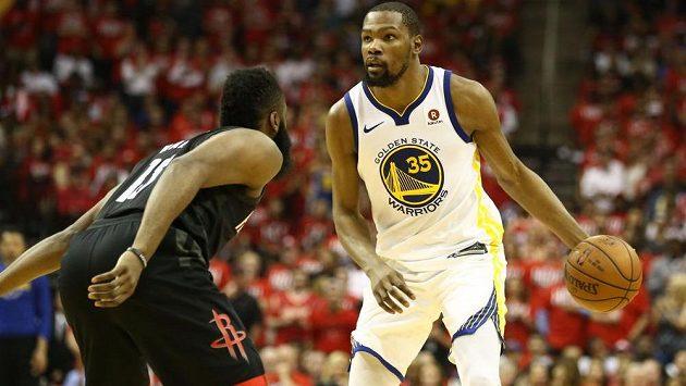 Basketbalista Kevin Durant byl tradičně oporou Golden State Warriors
