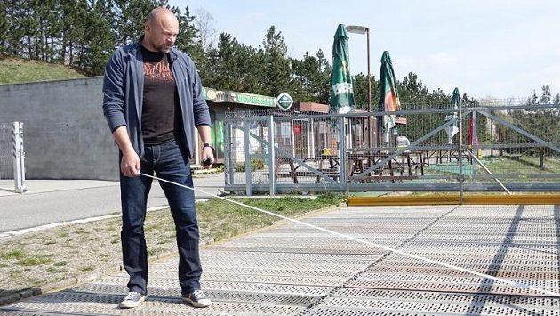 Václav Chalupa ještě při práci v račickém areálu.