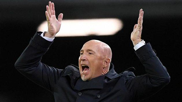Po dvanácti soutěžních zápasech bez výhry skončil u fotbalistů Cagliari trenér Rolando Maran.