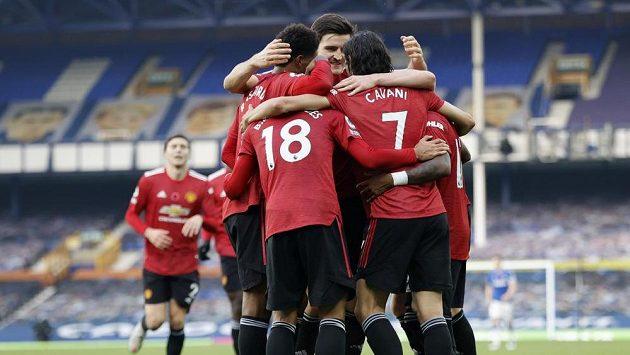 Fotbalisté Manchesteru United v polední době moc důvodů k radosti nemají. Kromě nevýrazných výsledků se k tomu přidal útok hackerů.