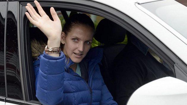 Karolína Plíšková před odjezdem na finále tenisového Fed Cupu do Francie.