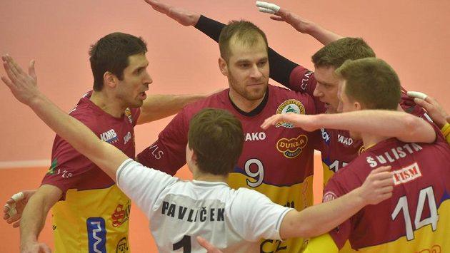 Hráči Liberce se radují ve Finále Final Four Českého poháru volejbalistů,