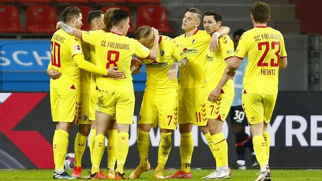Gólová radost fotbalistů Freiburgu.