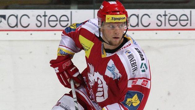 Třinecký obránce Lukáš Galvas byl nominován na turnaj Karjala.