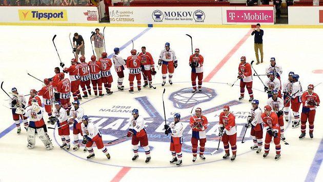 V Jihlavě se při vzpomínkové exhibici na Ivana Hlinku střetly týmy Nagano 1998 a Zlatý hattrick mistři světa.