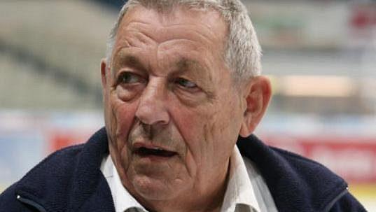 Někdejší hokejový brankář Josef Mikoláš