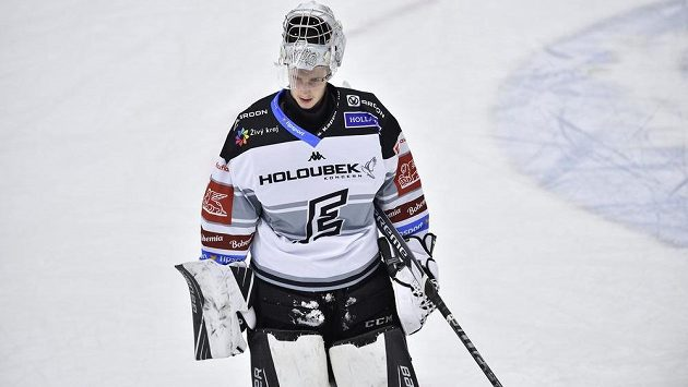 Brankář Karlových Varů Jan Bednář je v širší nominaci pro juniorské MS v hokeji.