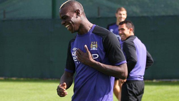 Mario Balotelli na tréninku City.