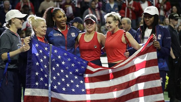 Fedcupový tým Spojených států uhrál postup až v závěrečné čtyřhře.