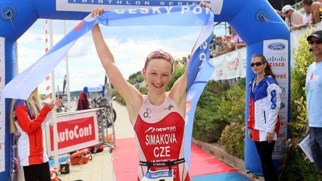 Závod žen jednoznačně ovládla Jitka Šimáková.