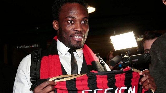 Ghanský fotbalový reprezentant Michael Essien bude hrát za AC Milán.