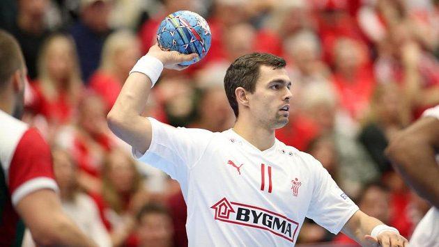 Dán Rasmus Lauge Schmidt v akci při utkání s Maďarskem. Ilustrační foto.