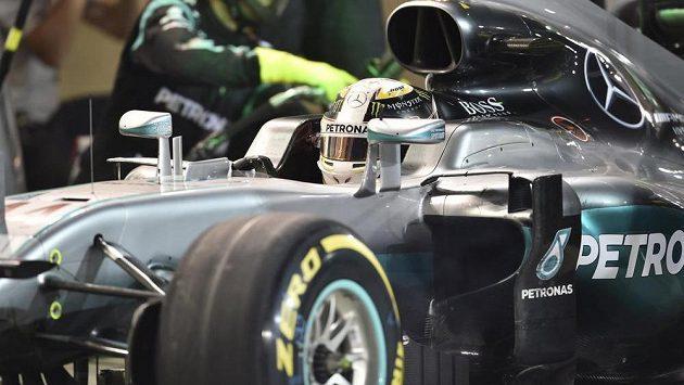 Britský jezdec Lewis Hamilton ze stáje Mercedes.