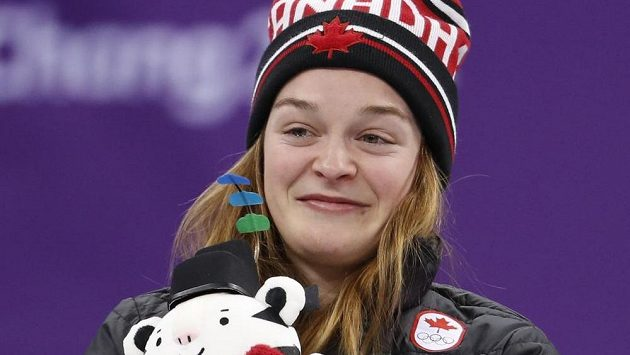 Bronzová olympijská medailistka v shorttracku Kim Boutinová.