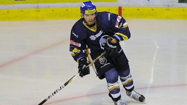 Lotyšský hokejový útočník Koba Jass v kladenském dresu.