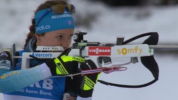 Elitní francouzská biatlonistka Anais Chevalierová je maminkou.