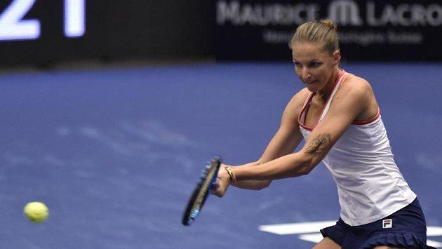 Karolína Plíšková v utkání proti Veronice Kuděrmětovové z Ruska.