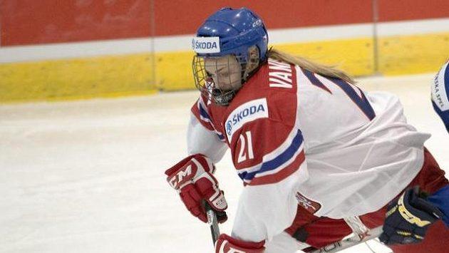 Česká hokejistka Tereza Vanišová na MS v Kanadě.