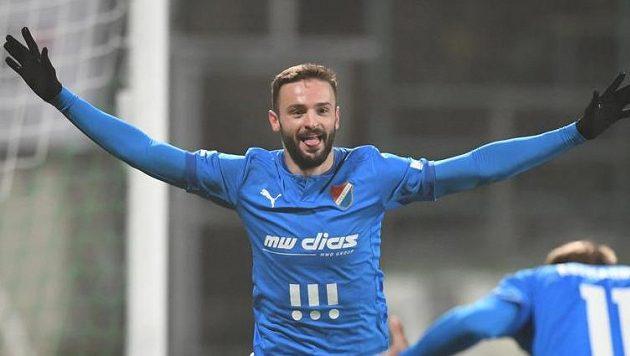 Střídající Tomáš Zajíc z Baníku Ostrava slaví svoji trefu v ligovém utkání v Příbrami.