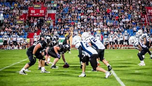 Paddock liga amerického fotbalu najíždí na nový harmonogram. Řídící orgán soutěží České asociace amerického fotbalu odhlasoval posunutí začátku soutěže mužů na polovinu srpna.