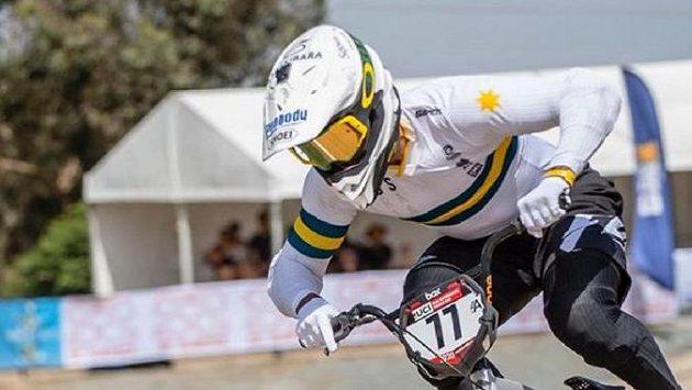 Australský bikrosař Kai Sakakibara utrpěl při víkendové soutěži vážné zranění hlavy.
