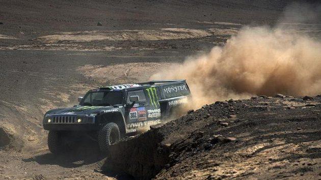 Hummer Robbieho Gordona byl jednou z atrakcí milulého ročníku Rallye Dakar.