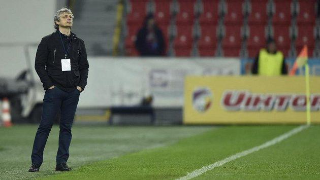 Trenér Mladé Boleslavi Jozef Weber v utkání s Plzní.