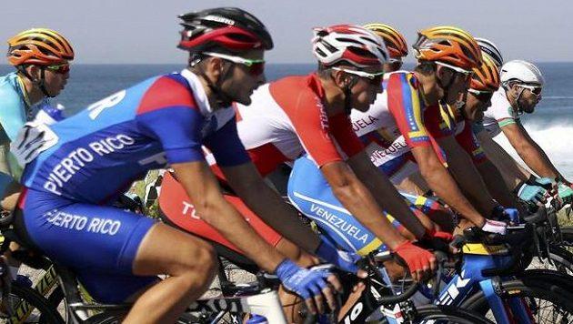 Silniční cyklisté na OH v Riu - ilustrační foto.