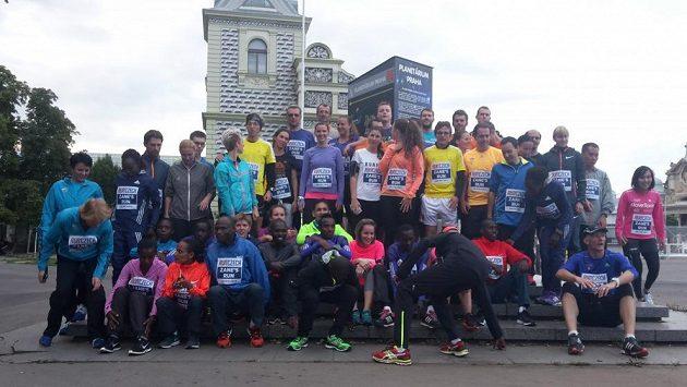 Prvního ročníku Běhu Zane Bransona se zúčastnilo na padesát běžců.