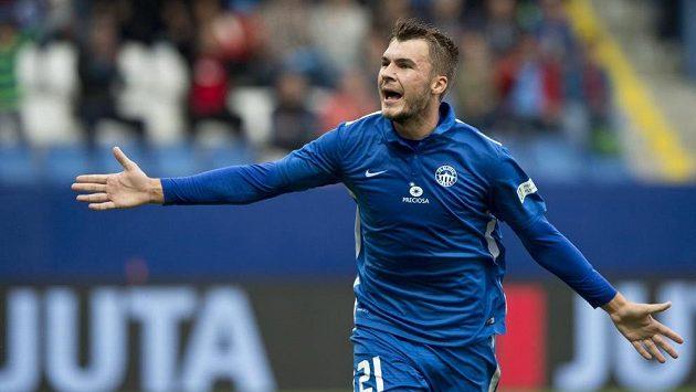 Nikolaj Komličenko z Liberce se raduje z gólu.
