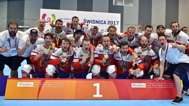 Čeští inline hokejisté se radují ze zlatých medailí na Světových hrách - ilustrační foto.