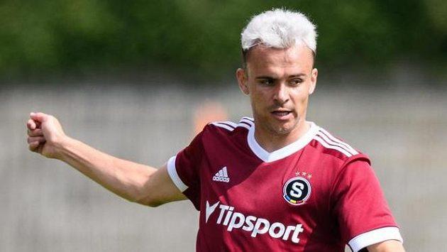 Andreas Vindheim ze Sparty Praha během přípravného utkání s Duklou Praha.