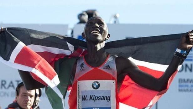 Maratonec Wilson Kipsang skončil v Keni na policejní stanici, protože porušil nařízení v souvislostí s pandemií koronaviru.