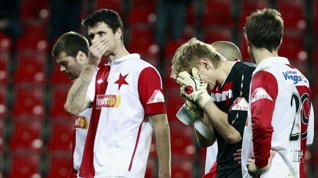 Fotbalisté Slavie neskrývali zklamání poté, co v poslední vteřině utkání přišli o výhru nad Baníkem Ostrava.