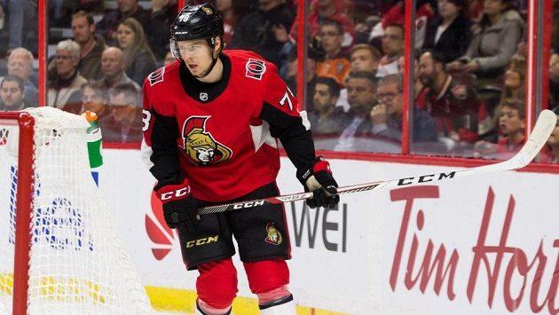 Český útočník Filip Chlapík z Ottawy při svém debutu v NHL.