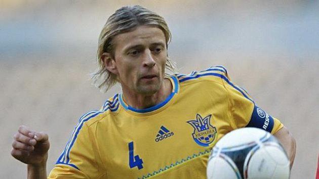 Anatolij Tymoščuk (vlevo) během utkání s Norskem.