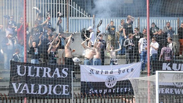 Fanoušci Hradce Králové musí na několik týdnů vzít zavděk mladoboleslavským azylem.