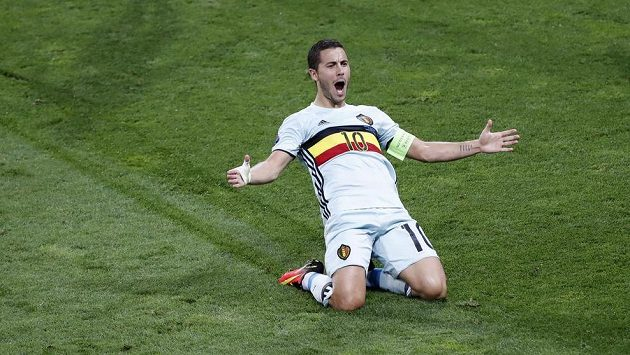 Belgičan Eden Hazard se raduje z gólu proti Maďarsku.